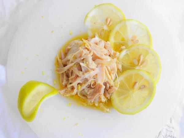 極上おつまみ『塩麹の蒸し鶏ジンジャーレモン』レシピ