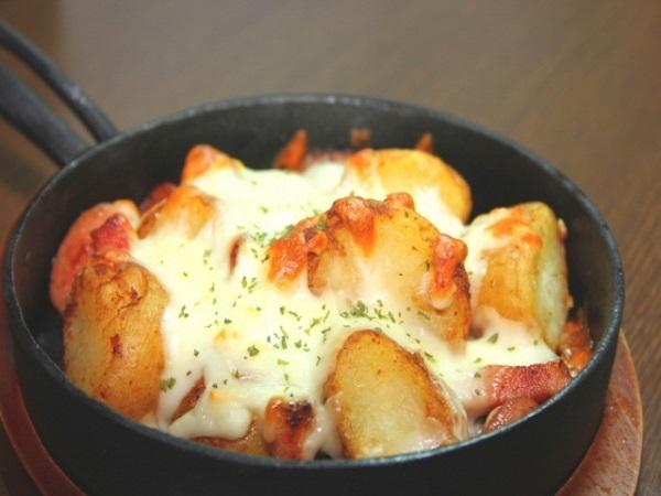 冬に食べたいチーズ「ラクレット」の魅力