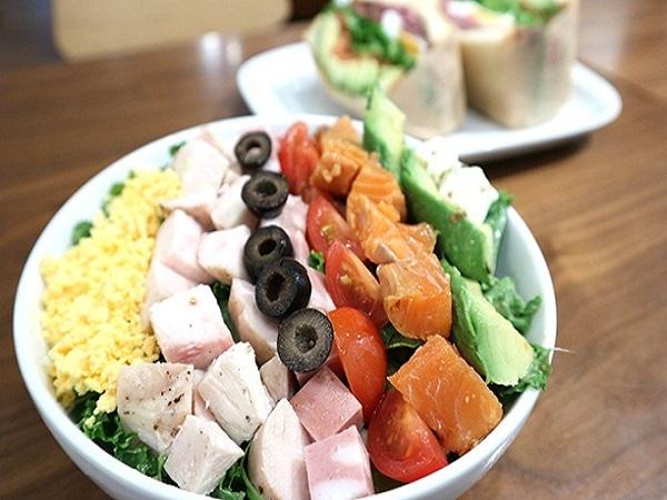 日本の農家を応援したい 農家直送の野菜を堪能できるお野菜カフェ『Mr.FARMER』