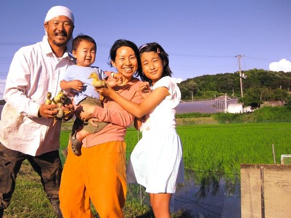アイガモ農法ではぐくむ無農薬米と神戸・里山暮らしの子供たち