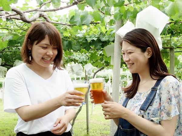 農業女子とビールで乾杯!vol.2: 「不安定な収入、少ない人手」といった課題をアイデアで見事に解決! 元デザイナーの農ガールの手腕とは?