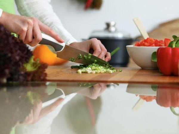 毎日の食事作りにもう悩まない!無料の「おすすめ献立アプリ」5選
