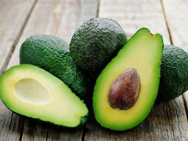 アボカドの食べ頃を見分けるには 栄養と保存法【野菜ガイド】