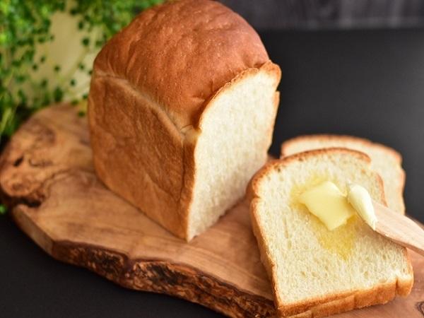 朝食に合うバターは? 〜パン×バター食べ比べ~