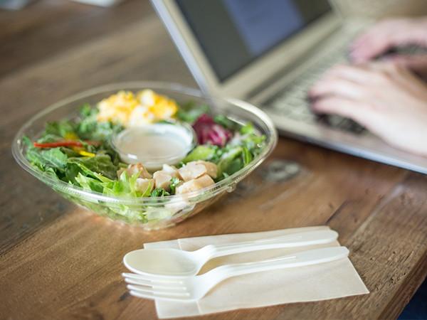 オフィスワーカーに野菜の力を!農家と企業をつなぎ、健康をつくる