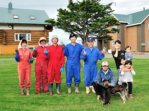 十勝・鹿追町で異文化交流!ワーキングホリデー制度で若者が集まる村瀬ファーム