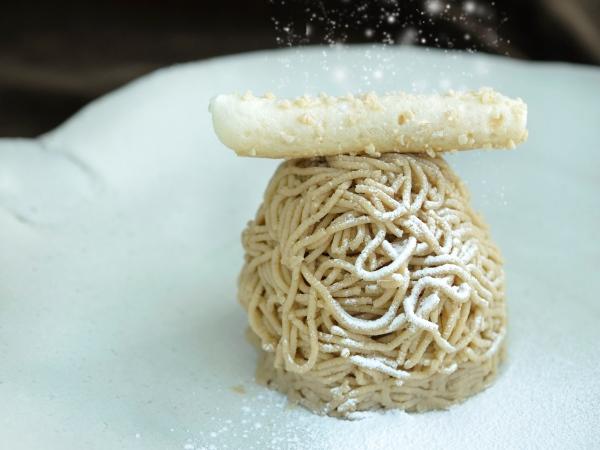 ケーキの素材は鮮度と味が命 日仏で成功したシェフの仕入れの秘密