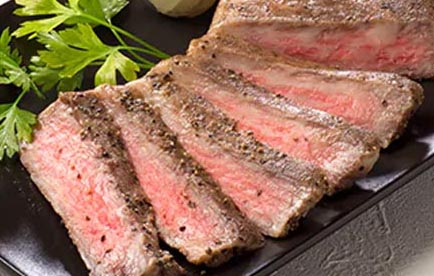【ふるさと納税】北海道の『白老牛』塩コショウステーキを味わう