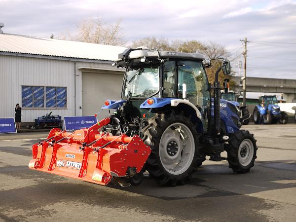 井関農機、初のロボットトラクター発売 130馬力のコンバインなど新作も発表