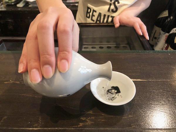 日本酒スペシャリスト・千葉麻里絵さんに聞く!【後編】お燗はお酒と料理の接着剤