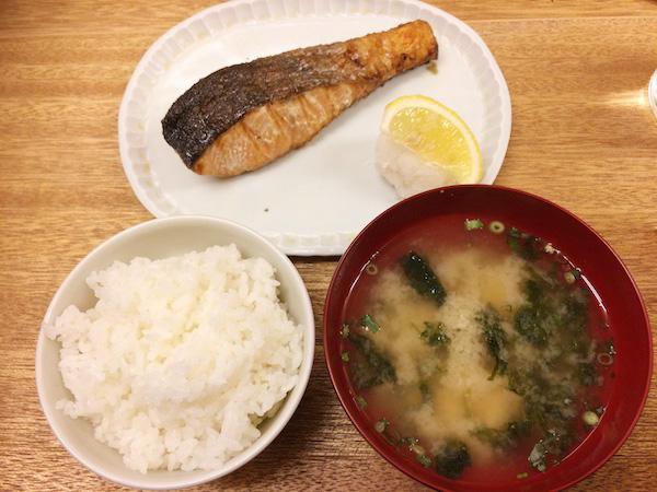 ラーメンやたこ焼きも日本食!? 和食文化はどうあるべきか