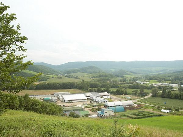 「酪農の仕事をするなら、まず住人であれ」。共に地域を作る人、募集