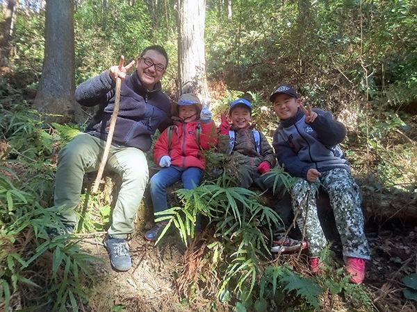 猟師の山歩きや仕事を体験できる! 「ちびっ子猟師学校」とは