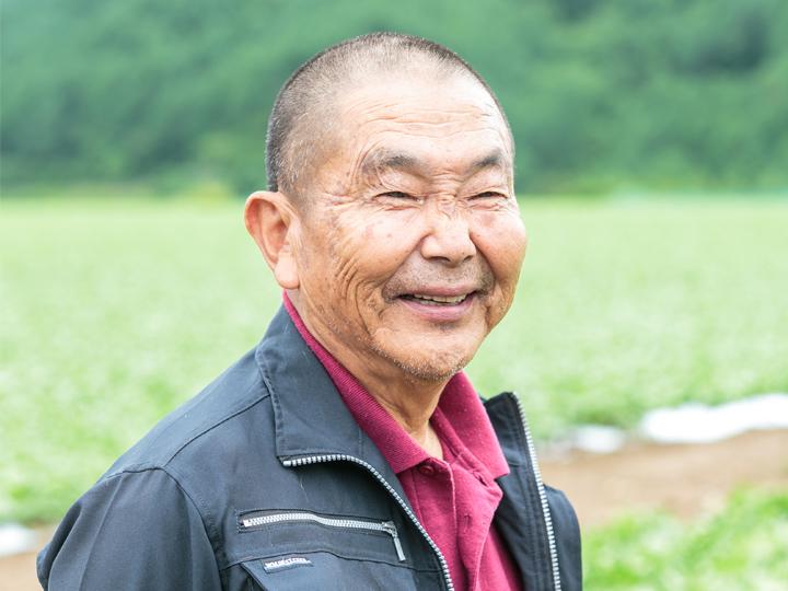 レタス農家を営む、遠藤今朝吉さん