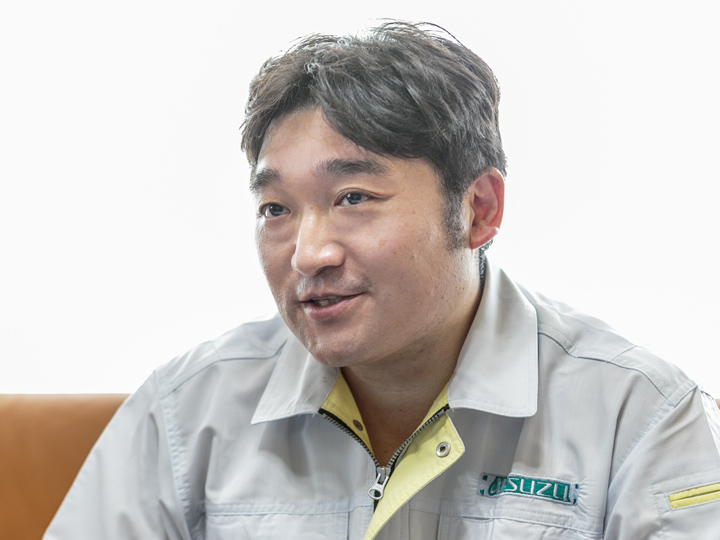 三鈴工機株式会社 東京MHEグループ マネージャー 嶋津さん 三鈴工機 コンベア