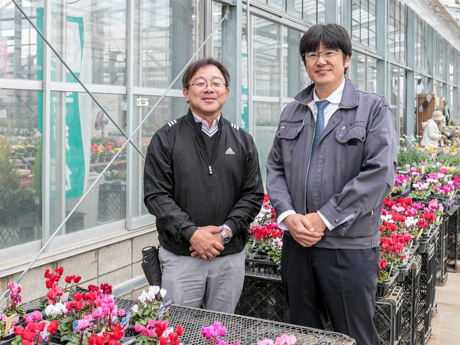 写真左が成澤さん。右が落合さん