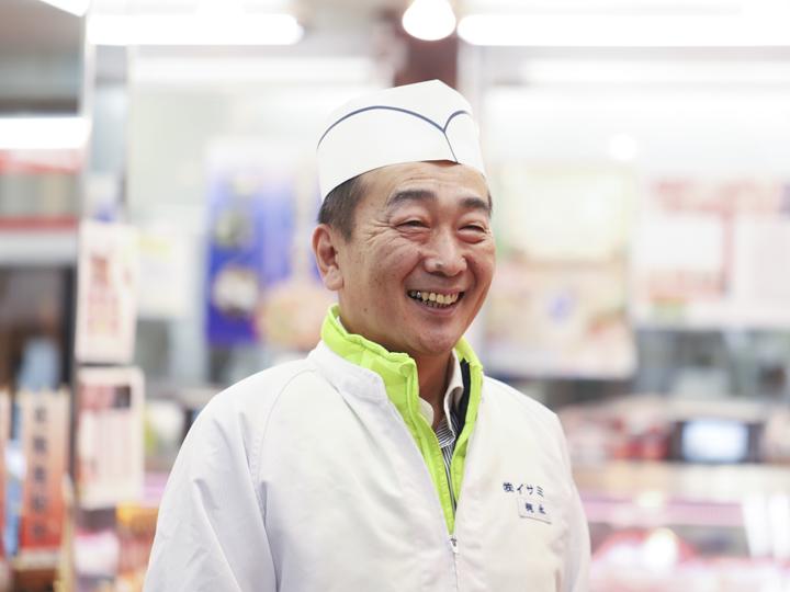 「捌いた肉を牧場に送り、情報を共有しています」と梶永部長