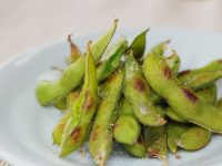 枝豆のおいしい食べ方は?品種や栄養効果、自宅での栽培方法など紹介