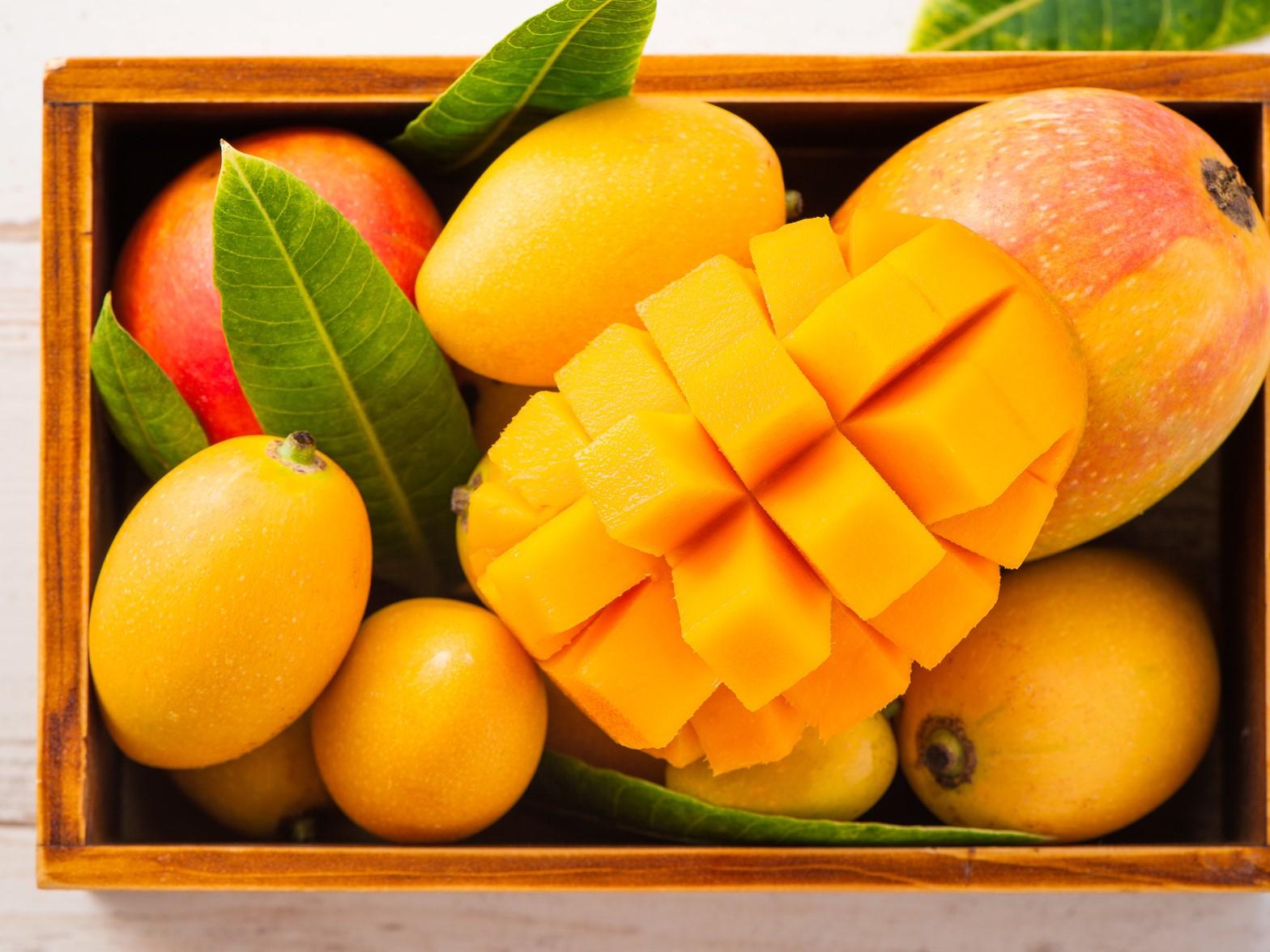 マンゴーの切り方・むき方! おいしい食べ方や栄養素・効果についても