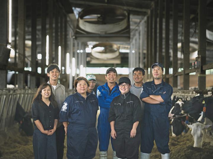 現役酪農ヘルパーと酪農家が語る酪農の魅力!就学資金制度で学生の就農も手厚くサポート