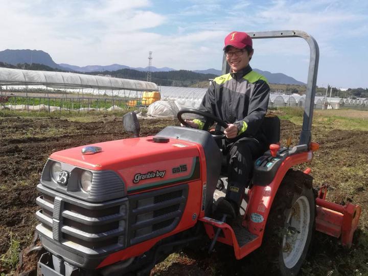 農業関係のインターンへの参加経験や農業のサークルのメンバーである家城さん