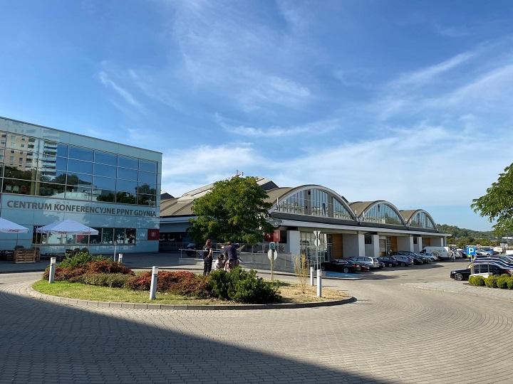 同社が入るグディニャ科学技術パークの建物