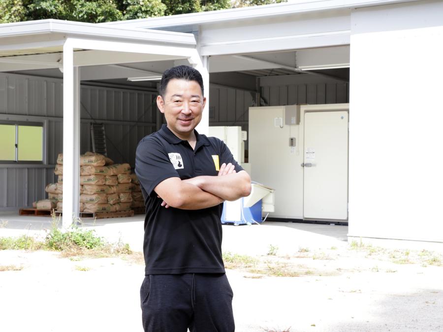 自分たちが育んだ「仁多米」のおいしさを全国に届ける拠点として、『イナバ倉庫・ガレージSGN型』を導入
