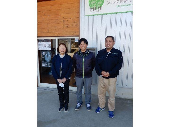 年商9000万円、JAを一斉退職した男女3人がつくった「農業の何でも屋」