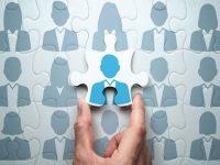 採用活動実施中の企業は約3割。これからの人材獲得に向けた「外国人材の採用」を考える