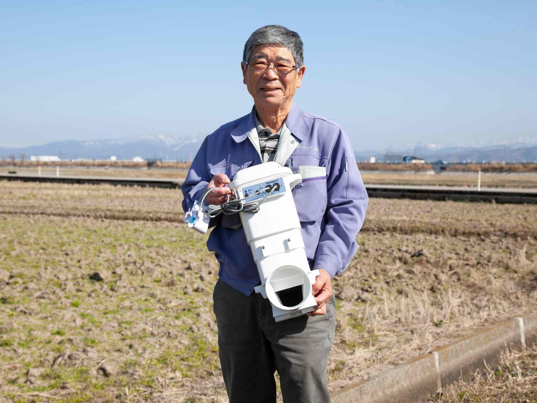"""低価格3万円台の自動給水機。 """"本当に必要な機能""""だけで手頃で手軽に省力化を実現"""