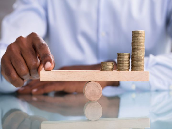 【外国人雇用について考える】第7回:【解説】違法?外国人労働者の賃金で注意すべきポイント|最低賃金・税金