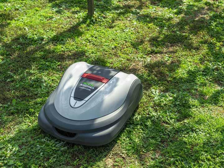 2021年夏に発売予定。Hondaの確かな技術と海外での芝刈機の実績をベースとした『Hondaロボット草刈機グラスミーモ』