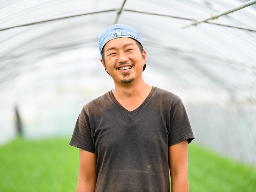 給料をもらいながら歩き始められる、北海道のブランド「ニラ」農家への道