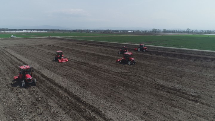 ICT農業最先端無人耕起